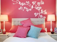 Розовая спальня — фото модного интерьера спальни в розовых тонах
