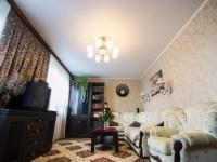 Натяжные потолки в гостиной — 150 фото безупречного оформления