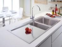 Мойка на кухне — разновидности популярных моделей и способы монтажа (90 фото)