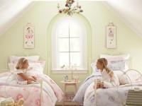 Люстра в детскую комнату — 90 фото самого модного дизайна. Варианты в комнату для мальчика и девочки.