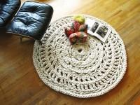 Как сделать коврик из старых вещей своими руками