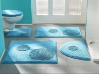 Как подобрать коврик в ванную: советы по выбору материала, цвета, формы и размера коврика