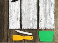 Как покрасить деревянную мебель в белый цвет?