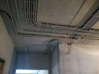 Прокладка электропроводки в квартире по потолку