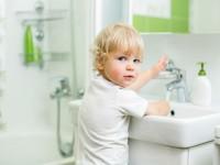 На какой высоте делать столешницу в ванной?