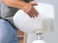 Как поставить раковину в ванной на ножке?