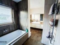 Как перекрыть полотенцесушитель в ванной?