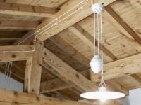 Монтаж открытой электропроводки в деревянном доме