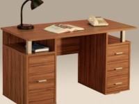 Как самому сделать письменный стол своими руками?