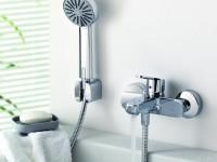 Как прикрепить смеситель к стене в ванной