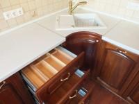 Как поменять столешницу на кухне своими руками?