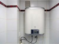 Как поставить водонагреватель в ванной?