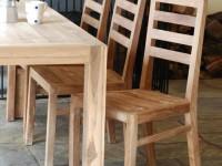 Из какого дерева делают стулья?