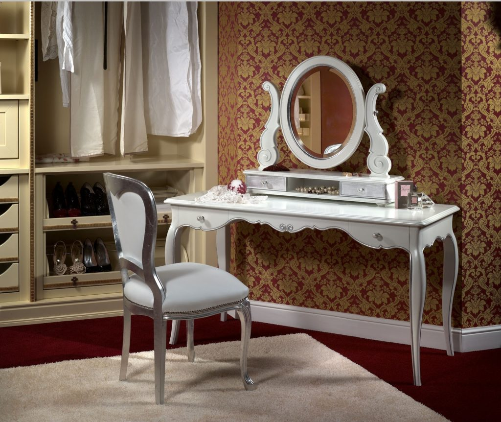 Туалетный столик в спальню: дизайн и правила выбора