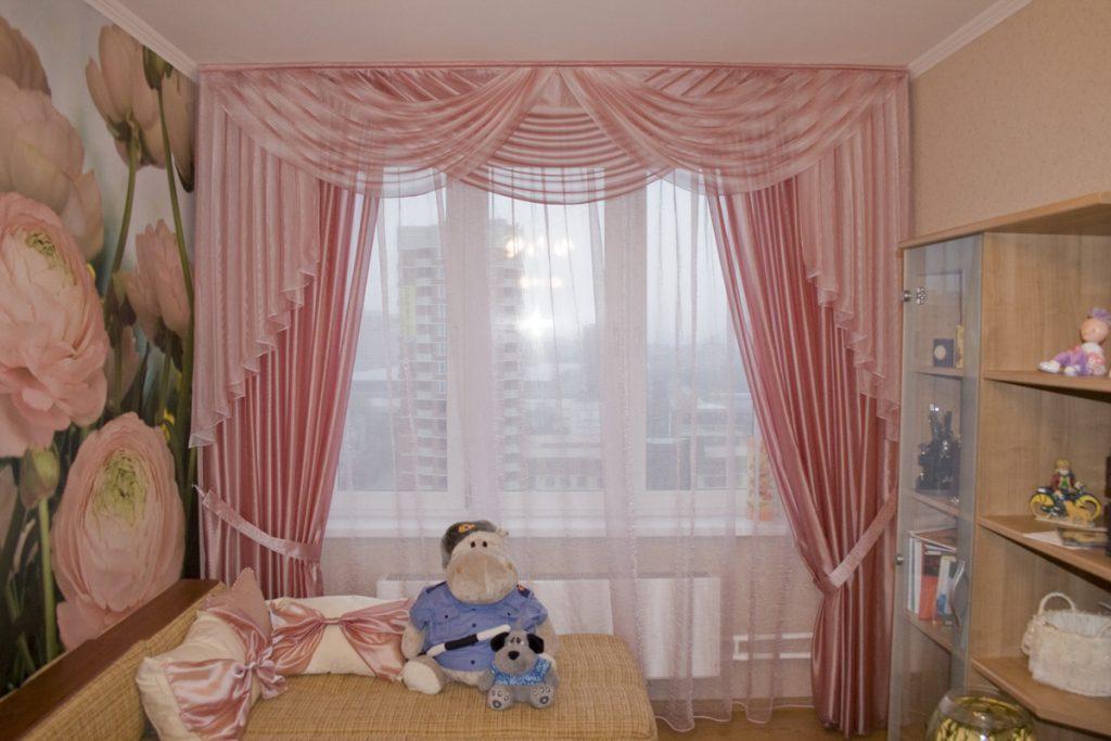 ламбрекен в спальню фото