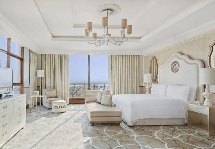 Белая спальня 111