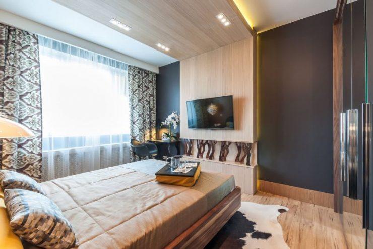 Ламинат в интерьере квартиры фото на стене