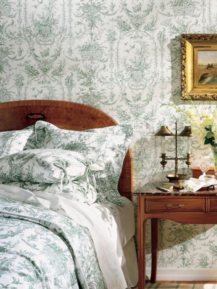 Декор стены в спальной комнате 7