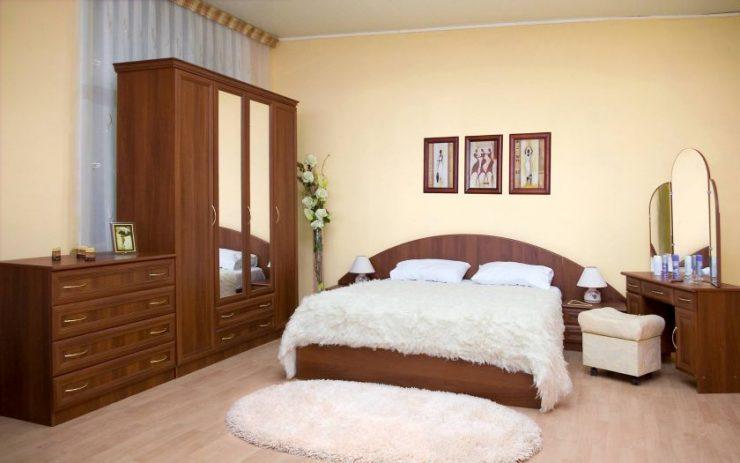 Классические спальни 15