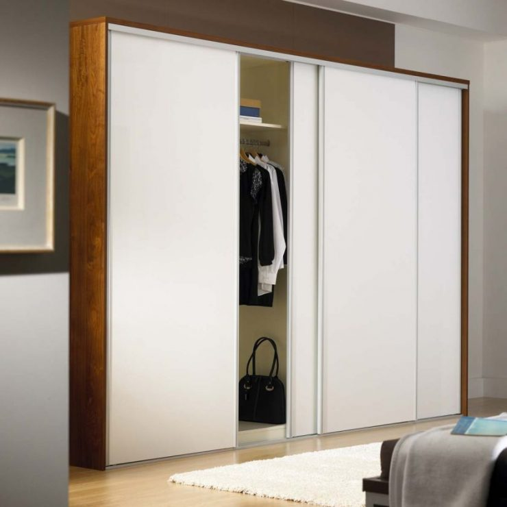 Шкаф в спальню 13