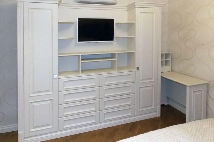 Шкаф в спальню 44