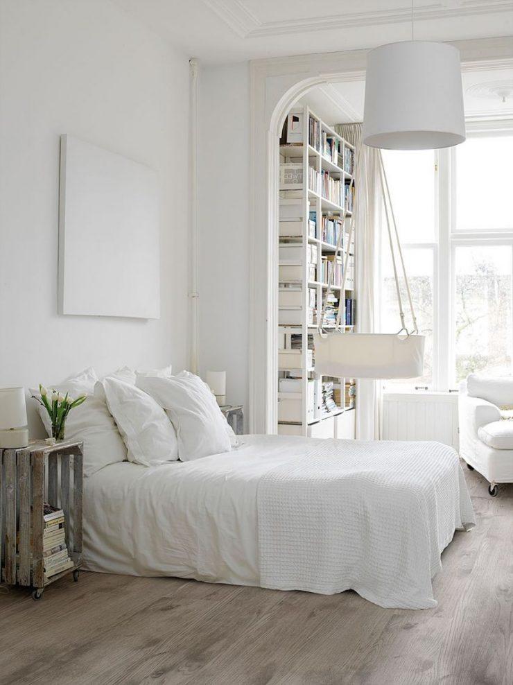 Спальня в однокомнатной квартире 48