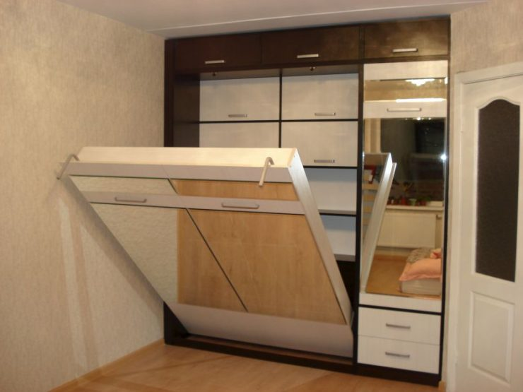 Спальня в однокомнатной квартире 72