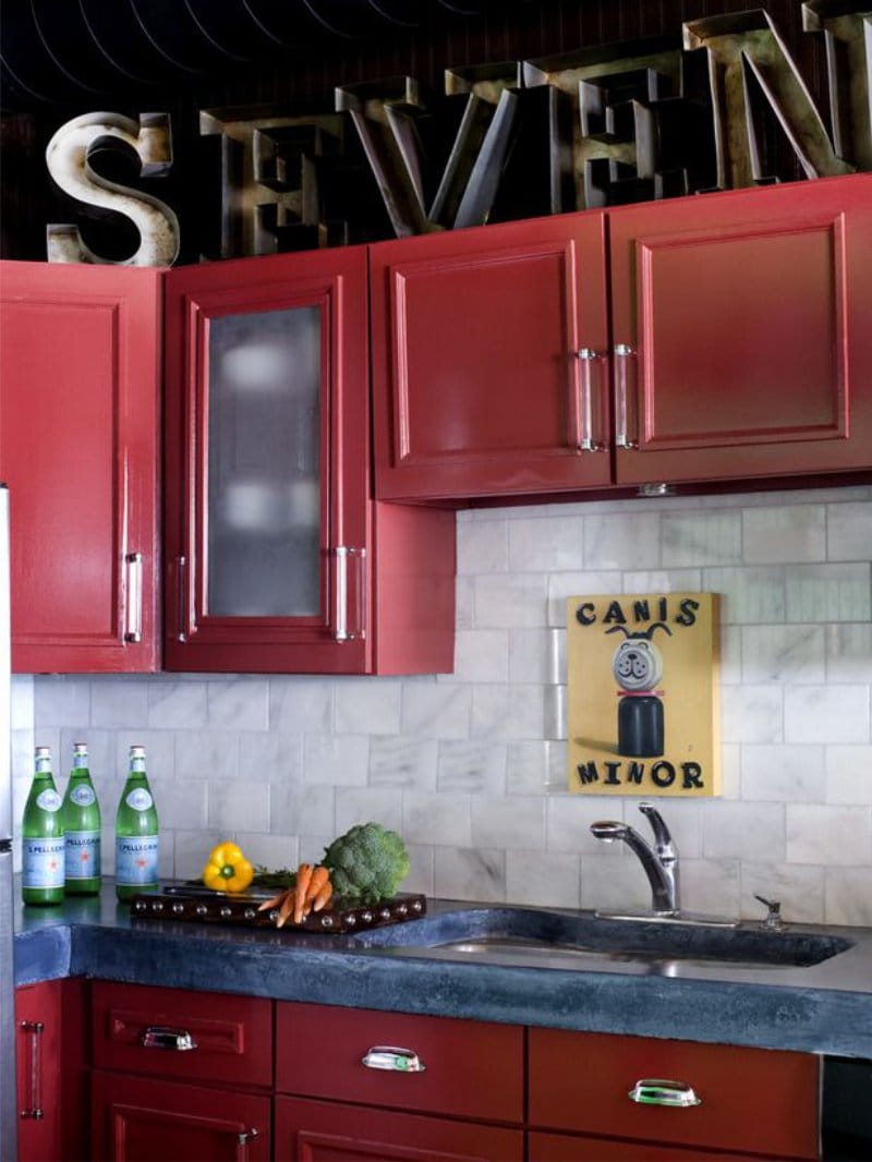 Как покрасить фасады старой кухни