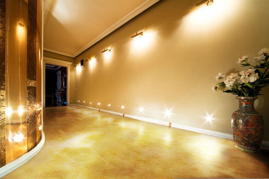 хочу светильники для подсветки пола в коридоре температуру