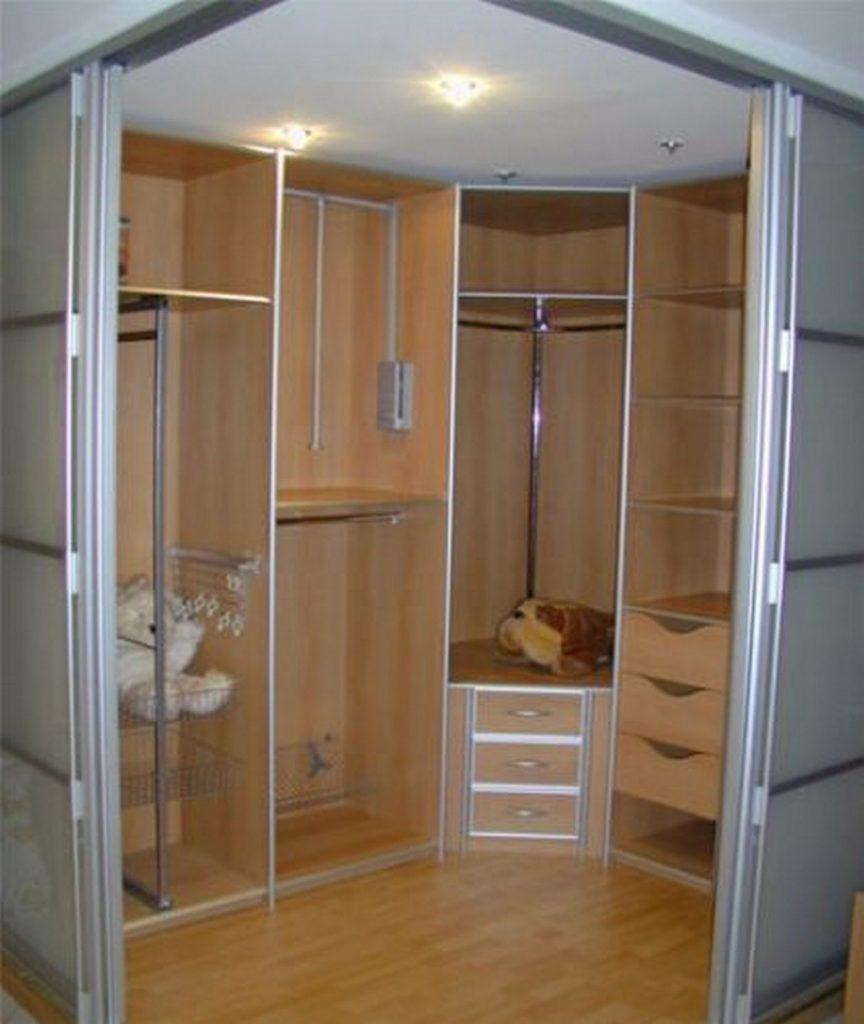 каркасная система в гардеробной.