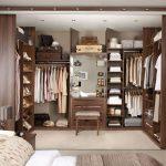 Обустройство красивой гардеробной в спальне.