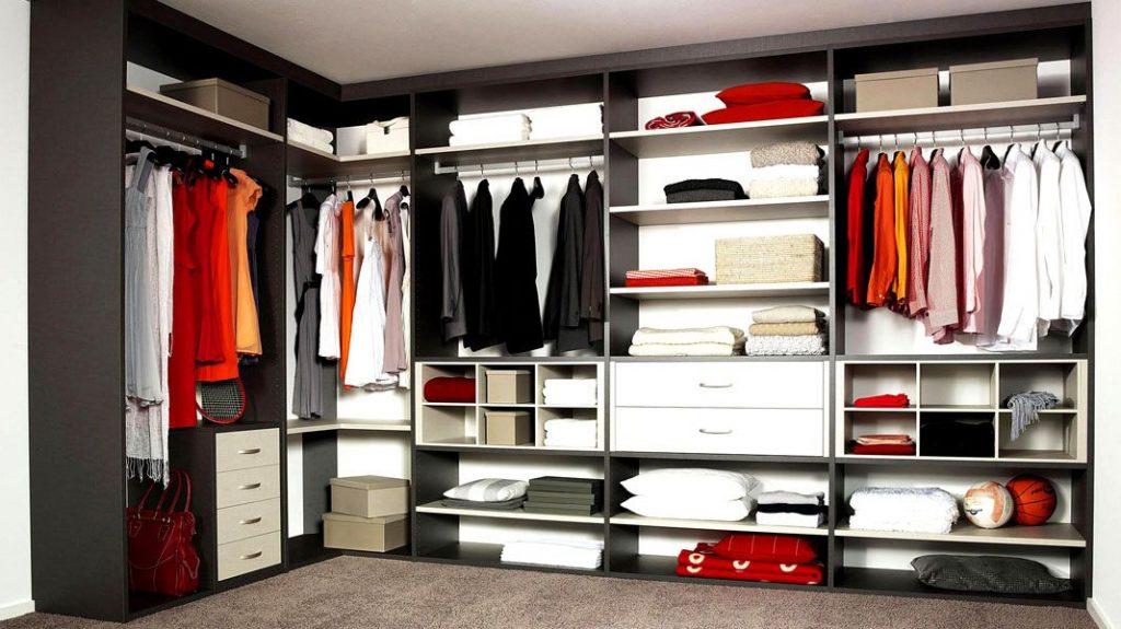 проекты гардеробных в маленькой квартире.