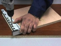 Приспособления для сборки корпусной мебели своими руками