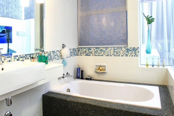 дизайн ванной комнаты маленького размера 2